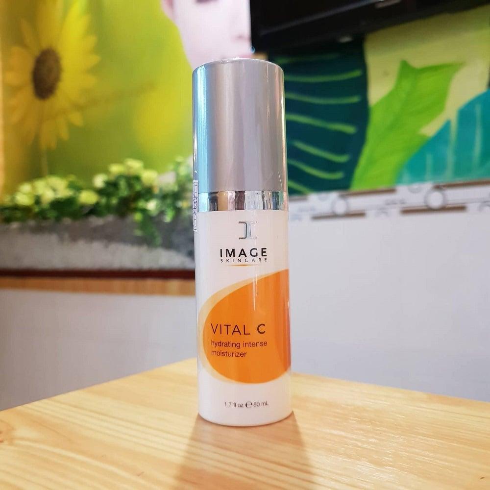 Kem tăng cường dưỡng ẩm Vital C bổ sung độ ẩm cho làn da khô