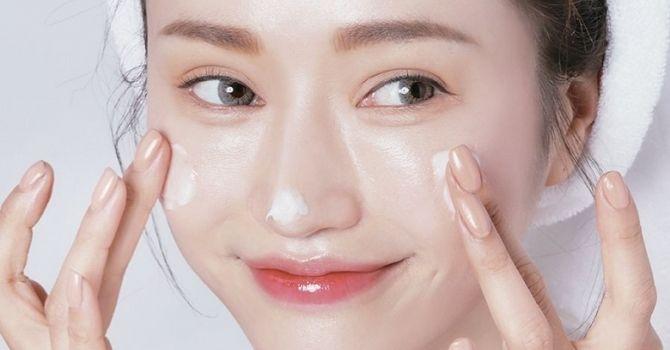 Hãy luôn nuôi dưỡng và chăm sóc để làn da căng mướt và sáng mịn nhé.
